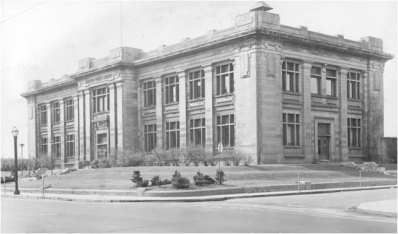Carnegie Library (1913-1980)