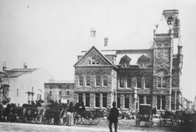 The back of City Hall (1890-1960)