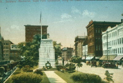Cenotaph in Gore Park, 1923