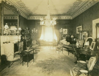 The Holmstead Parlour 191-?