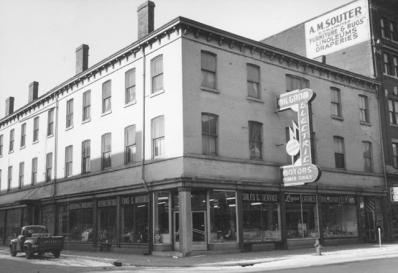 American Hotel in Hamilton, 1930's